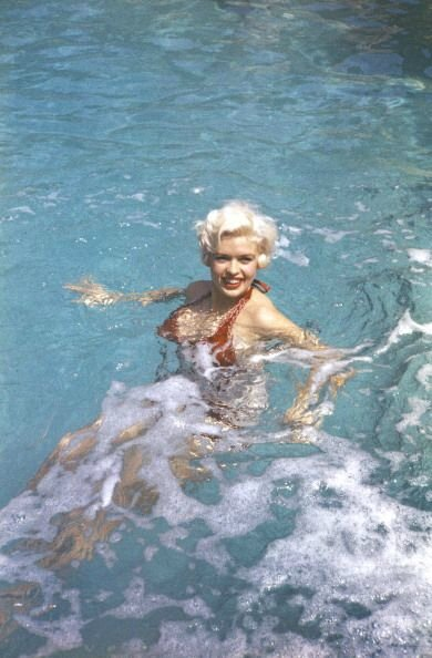 jayne-1958-05-cannes-by_philippe_le_tellier-01-1