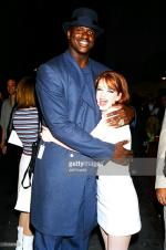 1996-06-08-MTV_Movie_Awards-backstage-with_with_shaquille_o_neal-3