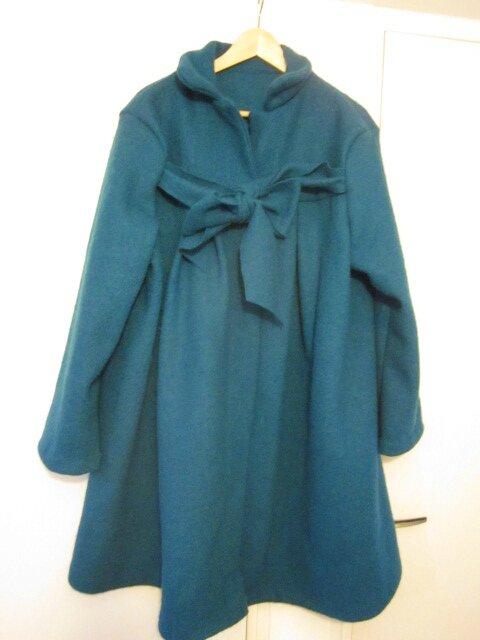 Manteau AGLAE en laine bouillie bleu pétrole fermé par un noeud - taille 56 (2)