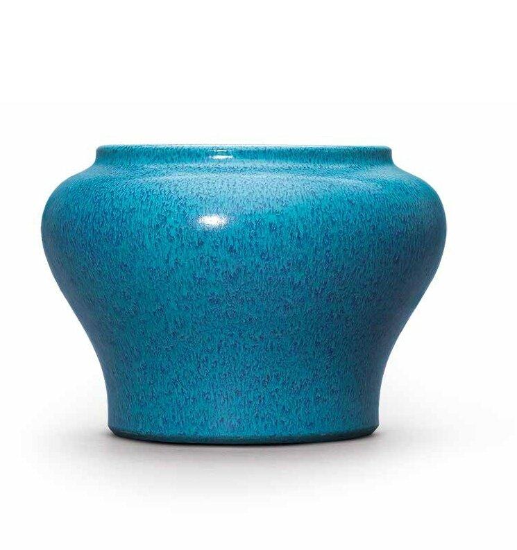 A rare robin's egg-glazed jar, Qing dynasty, 18th century
