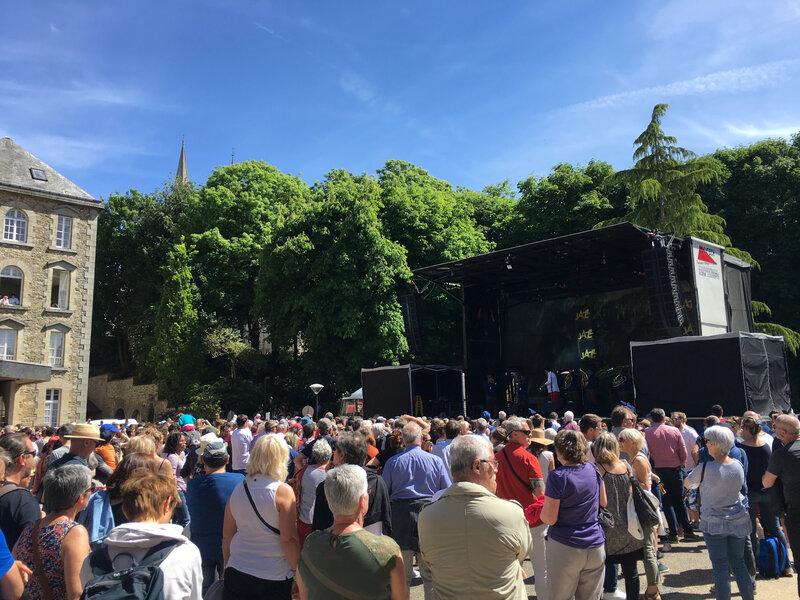 Jazz sous les Pommiers_Coutances_JSLP_concert_2017_esplanade des Unelles