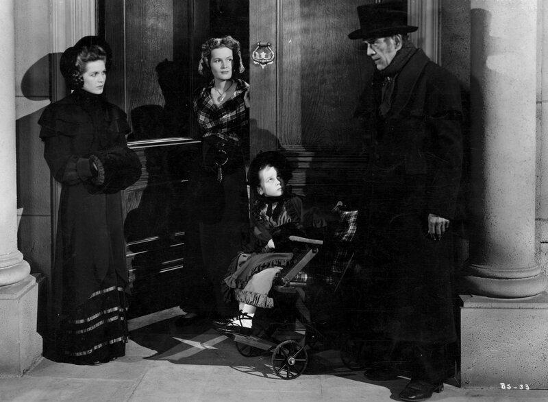 la veuve, la maîtresse de maison, la fillette et le cocher