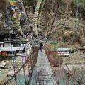 pont suspendu Nepal 496