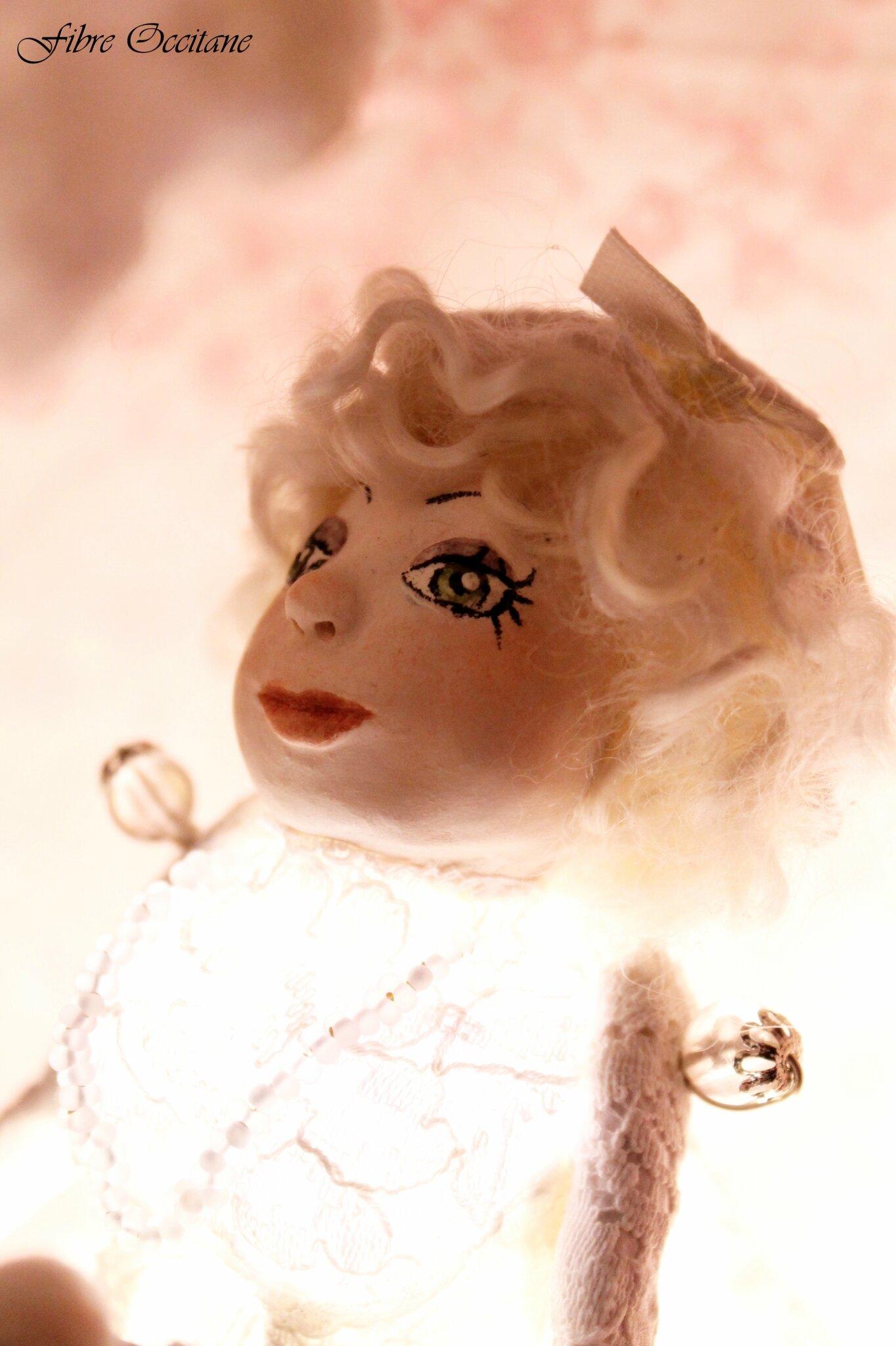 Marquise Lucie de la neige feutrée, Les Joliettes