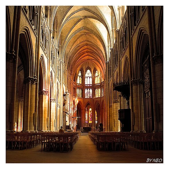 CATHEDRALE_NEVERS_6B_BN_CB