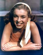 1946-04-04-pool_sitting-swimsuit_red-010-1-by_richard_c_miller-1a