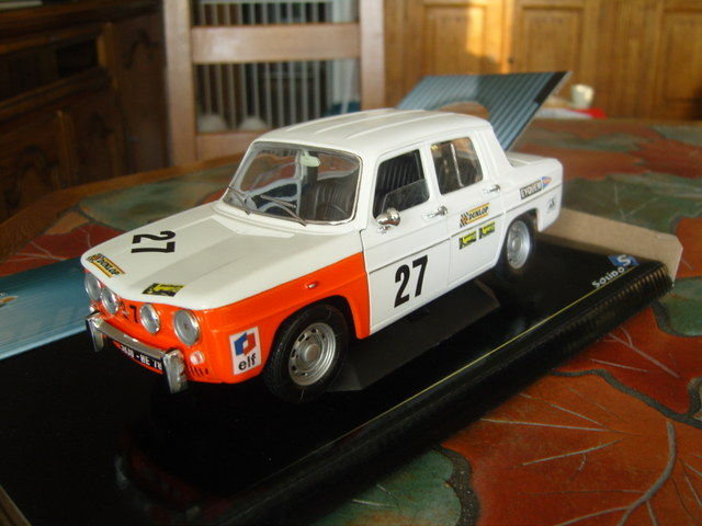 miniature renault 8 coupe gordini 1  18eme