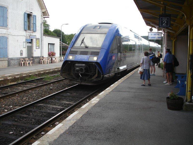 La Bastide : Arrivée du TER en provenance de Montpellier