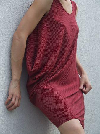 robe_drap_e_rouge_020