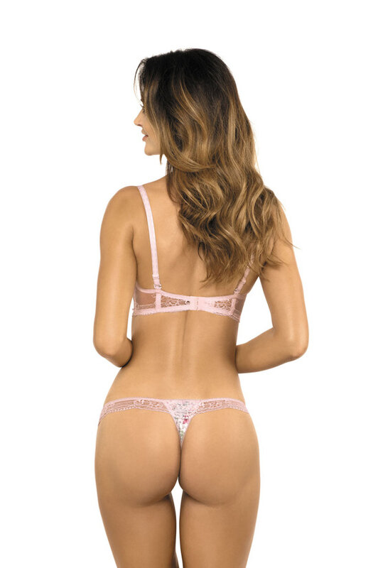 eng_pm_Lucy-S-thong-1324_2