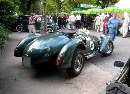 Jaguar_cougar_X_300_de_1976_03
