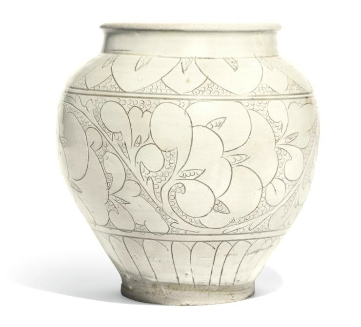 A 'Cizhou' white-glazed sgraffiato jar, Song dynasty