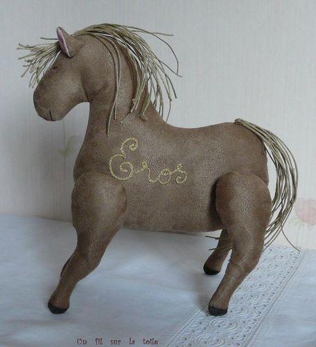 2009 03 - Cheval en suédine, modèle Tilda