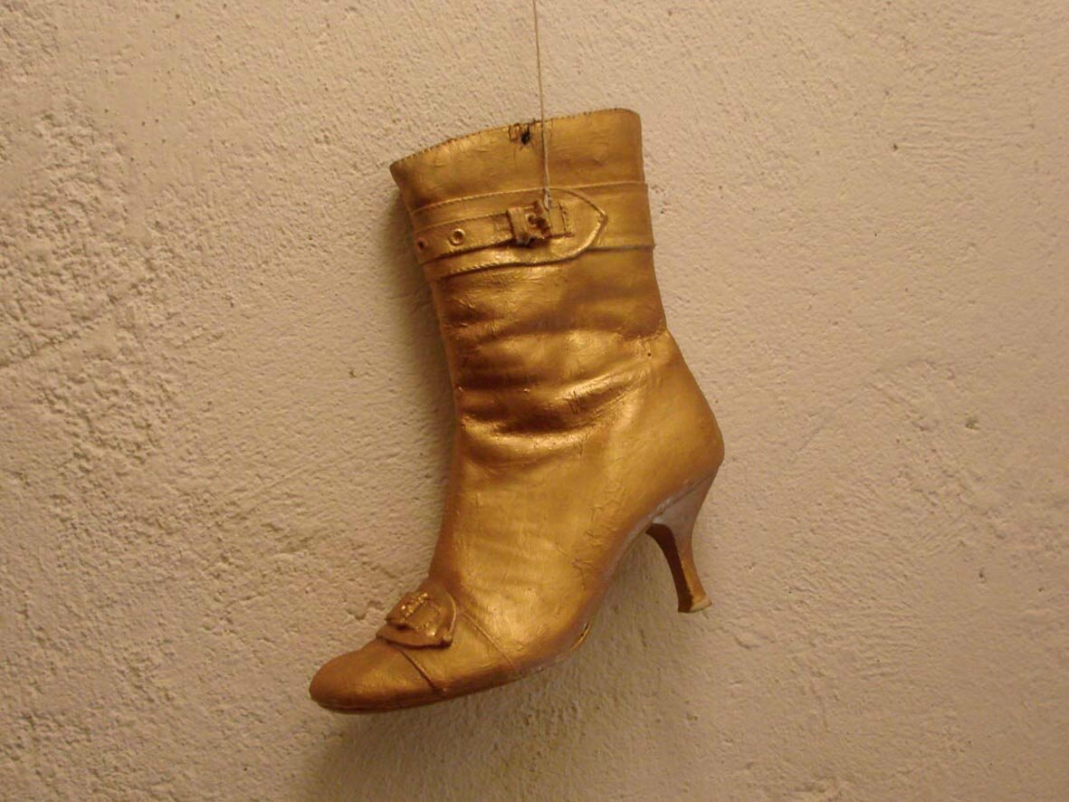 Tiens… une chaussure d'or !