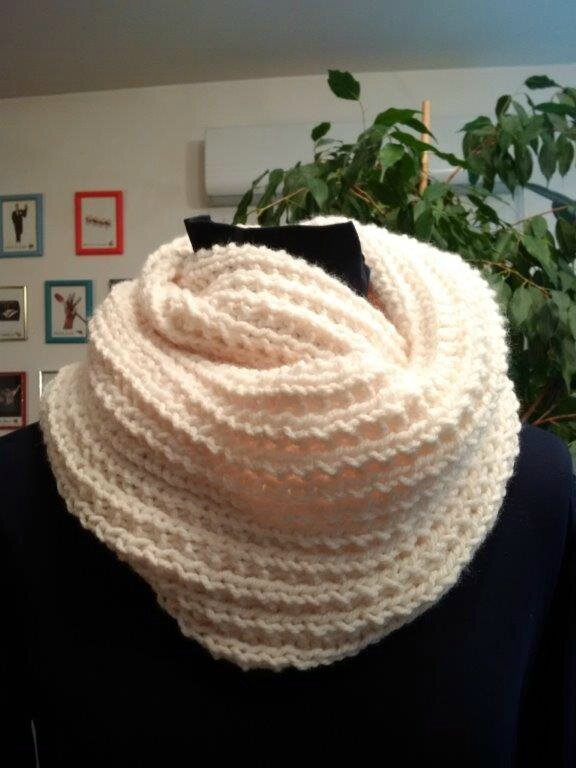 Dominos 2015 snood blanc 1