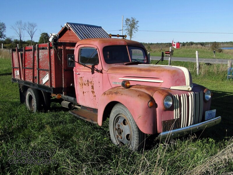 ford-2-ton-crate-1947-01
