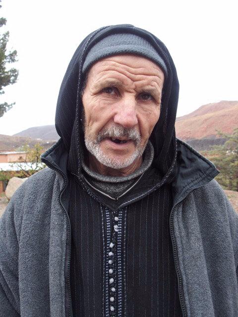 photo 17 l'ancien gardien à l'allure de Père franciscain