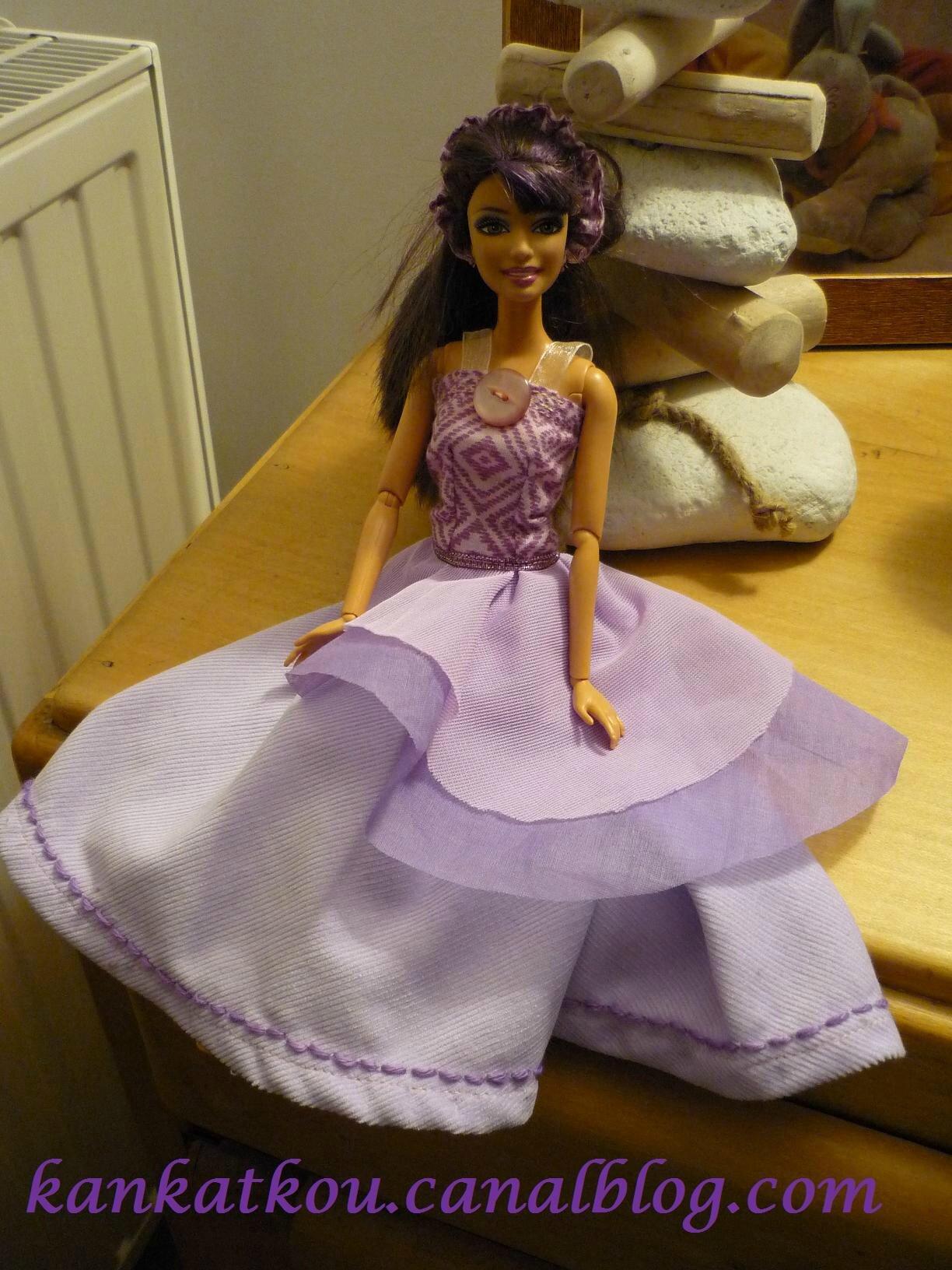 Robe de bal mauve barbie