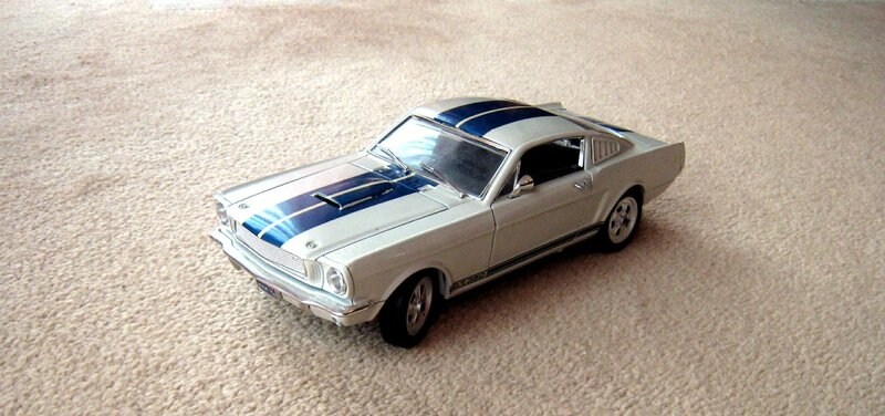 Ford mustang 350GT (Jouef evolution) 01