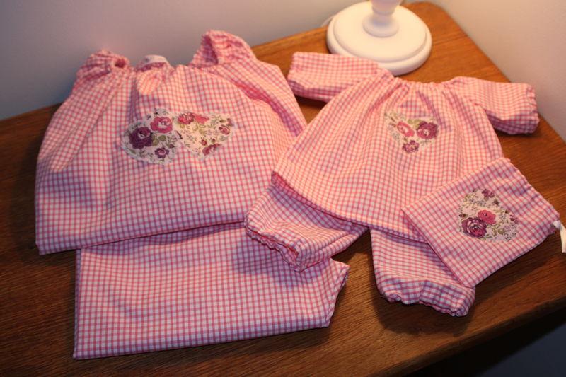 Pyjama Marjolaine 6 ans et pour poupée 42 cm