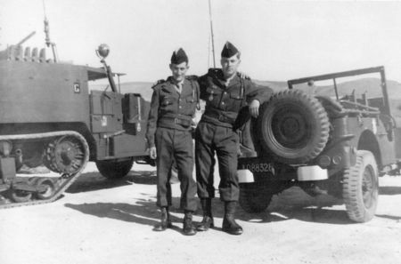 12_RCA_RENAULT_Chasseurs_RENAULT_et_AVYN