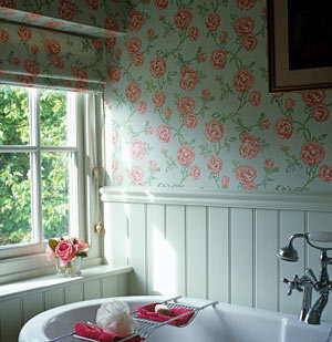 floral-g-bathroom_300