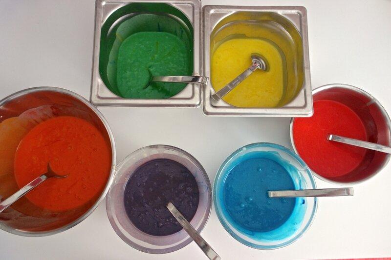 préparation rainbow cake