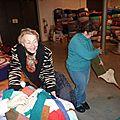 Clap de fin sur le tricotage de l'écharpe des records : une belle aventure humaine qui se poursuit avec le tricot solidaire...