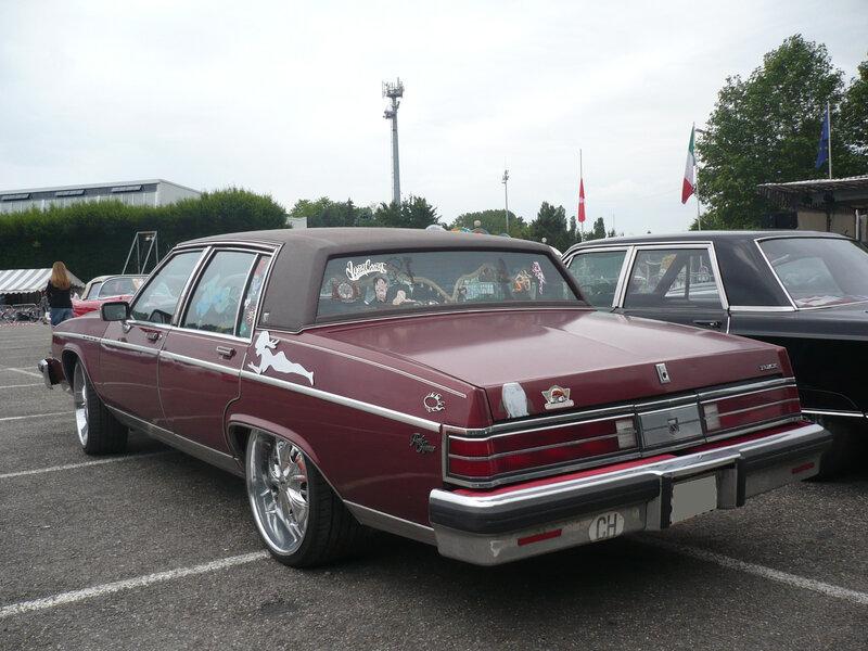BUICK Electra Park Avenue 4door Sedan 1980 Illzach (2)