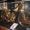 Canterburry museum à Christchurch - moto en or