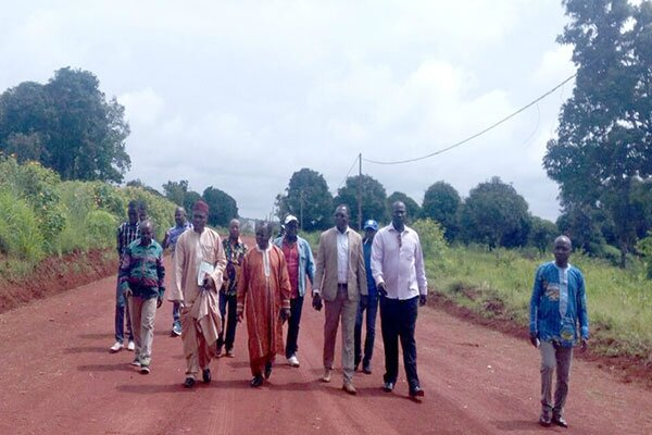 xx885_christol_georges_manon_visite_zone_industrielle_ngaoundere