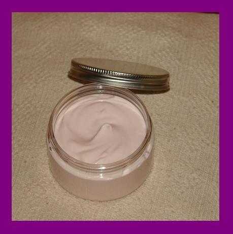 Creme Pour Les Mains Karite Argan Potions Et Chaudron Recettes De Cosmetiques Naturels Et Bio Savons Faits Maison Aromatherapie