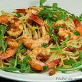Spaghettis aux crevettes et à la roquette d'après jamie oliver