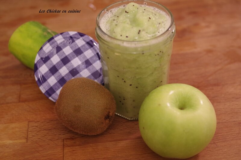 Smoothie pomme grany, kawi, concombre (2)