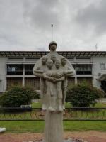 Mama Sranan, statue réalisée par Jozef Klas