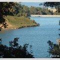 Vue du chateau a coté du lac