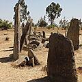 stèles Tiya