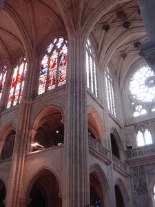 Intérieur cathedrale 4