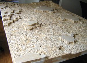 Etape Peinture de la table desert rocheux (4)
