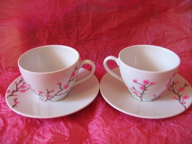 peinture sur porcelaine tasses th photo de fait par mes mimines fais pas ci fais pas. Black Bedroom Furniture Sets. Home Design Ideas