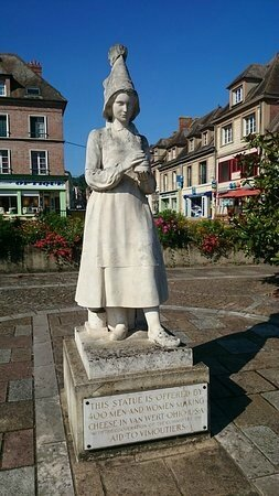 statyn-over-marie-harel
