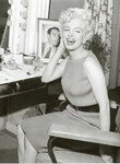 1954_04_15_Hollywood_030_Sit_010_Mirror_010_b