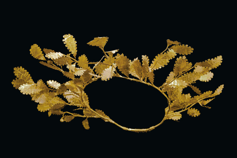 2019_NYR_17643_0437_000(a_greek_gold_oak_wreath_late_classical_to_early_hellenistic_period_cir)