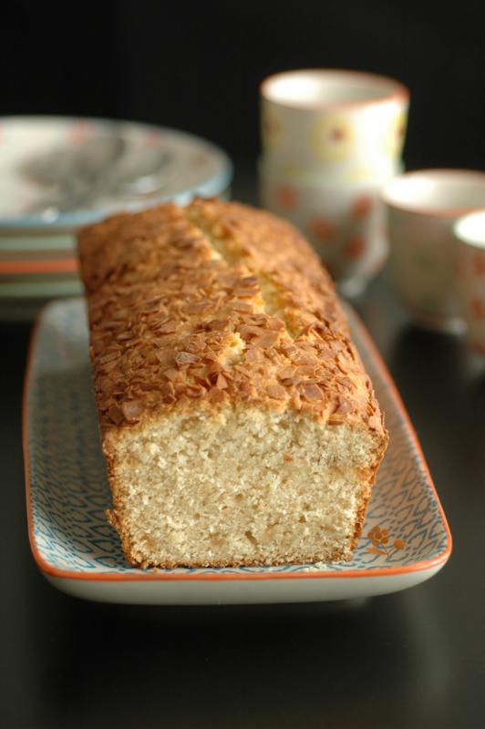 Cake fondant & moelleux pâte d'amande & noix de coco_1