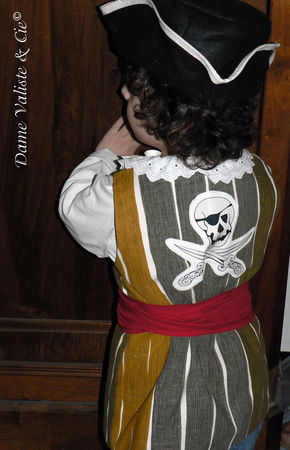 Costume_Pirate_02