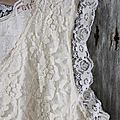 800120.Jeanne D'arc vintage blouse with lace.01.JPG