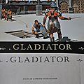 Affiches : 12 vues de Gladiator