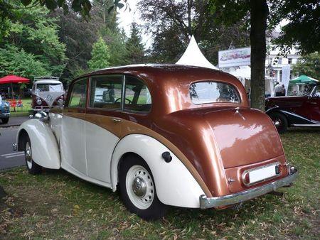 DAIMLER DB-18 Saloon 1947 Baden Baden (2)