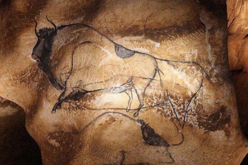 Bison-du-panneau-des-lion-®-Patrick-Aventurier---Caverne-du-pont-darc