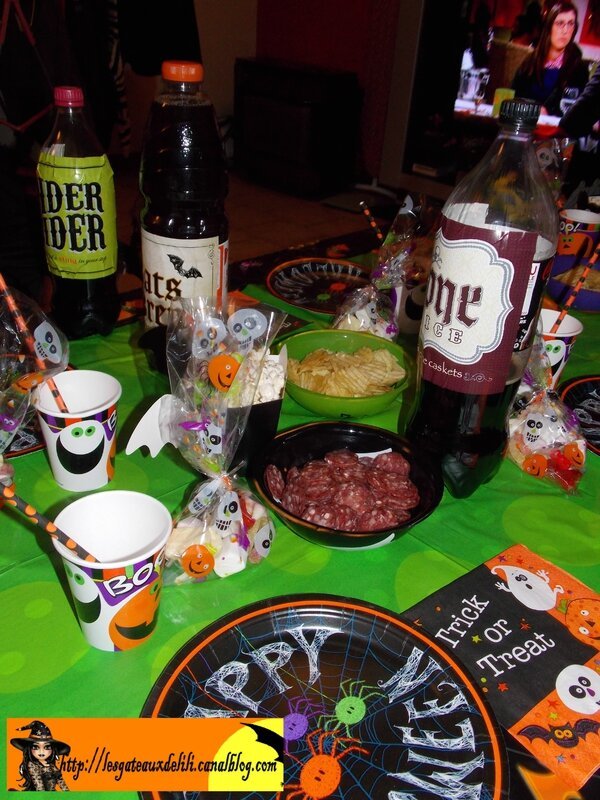 2013 10 23 - cupcakes et table halloween (7)
